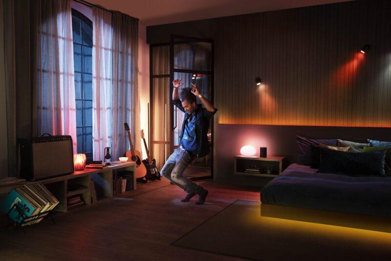 Imagem promocional da integração entre Philips Hue e Spotify
