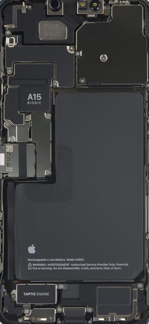 Interior do iPhone 13 Pro Max