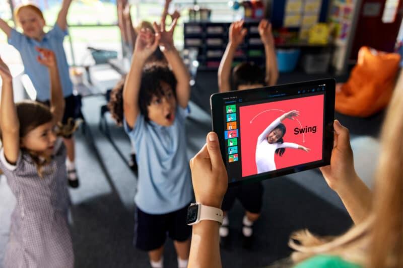 iPad e crianças em escola